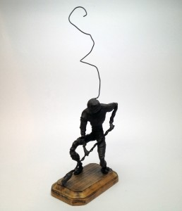 Wire Sculpture Working Clay and Wire